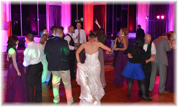 Finding the right marriage dj for the wedding reception